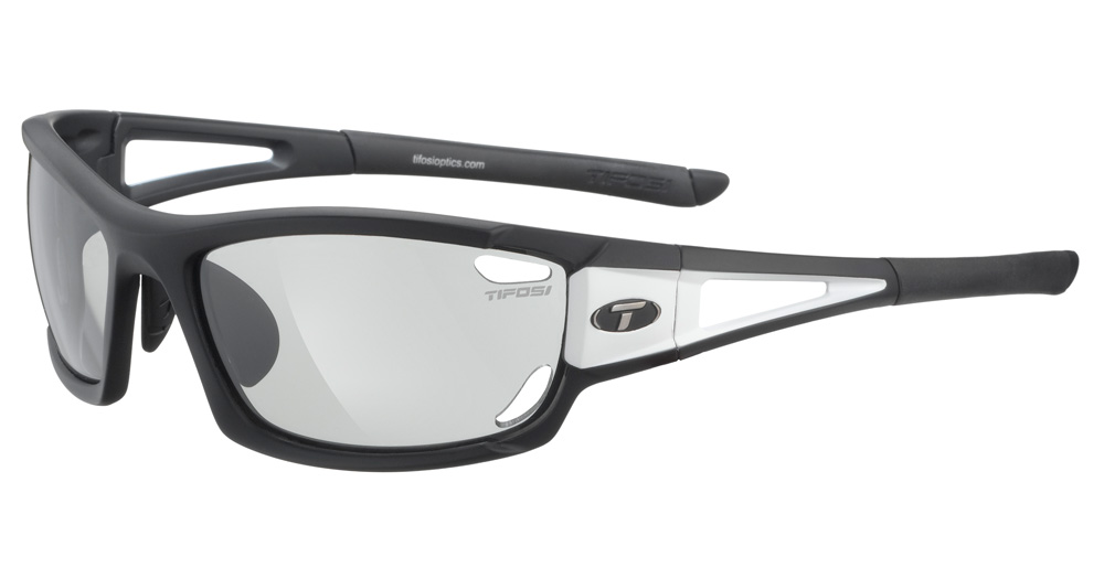 Tifosi Dolomite 2.0 Performance Sunglasses w Photochromic Lenses