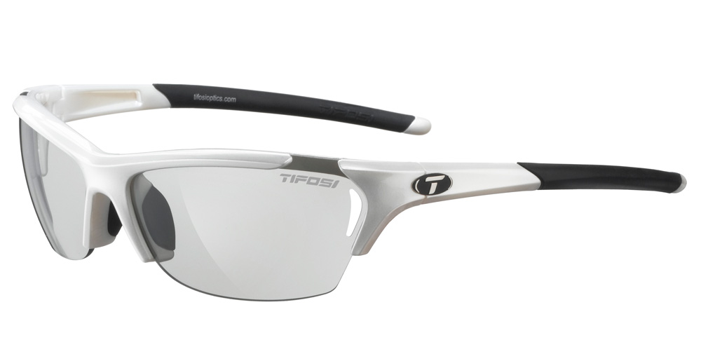 Tifosi Radius Performance Sunglasses w Photochromic Lenses